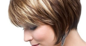 Easy-Short-Haircut-for-Women-Over-30-40