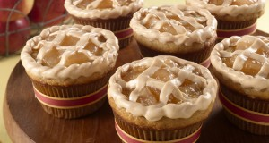 caramel-apple-pie-cakes_crop_1376514438.89