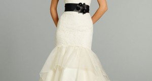 contrast-belts-with-white-wedding-gown-2