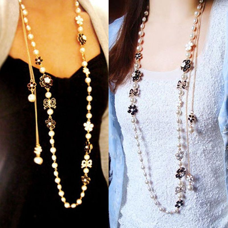 Top Fashion Tips Of Wearing Stylish Long Necklaces What