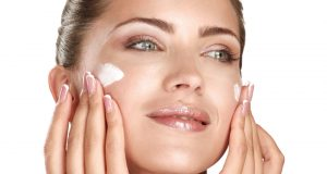How-to-moisture-your-skin-over-the-night
