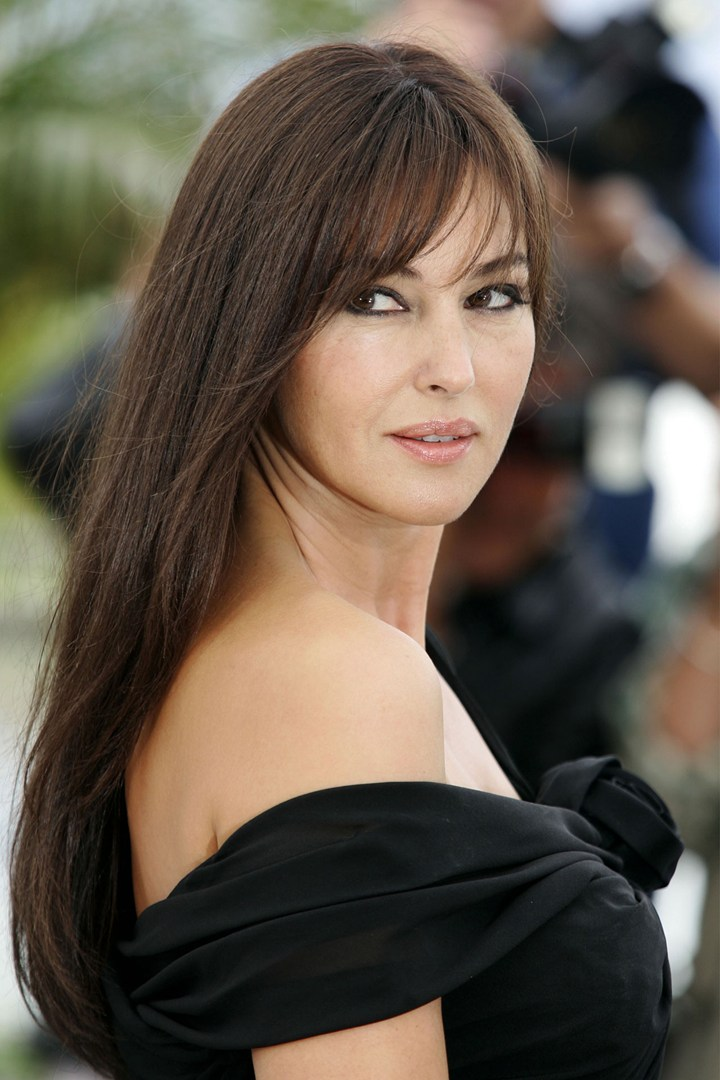 Top Beauty Secret Of Monica Bellucci For Glowing Skin What Woman Needs